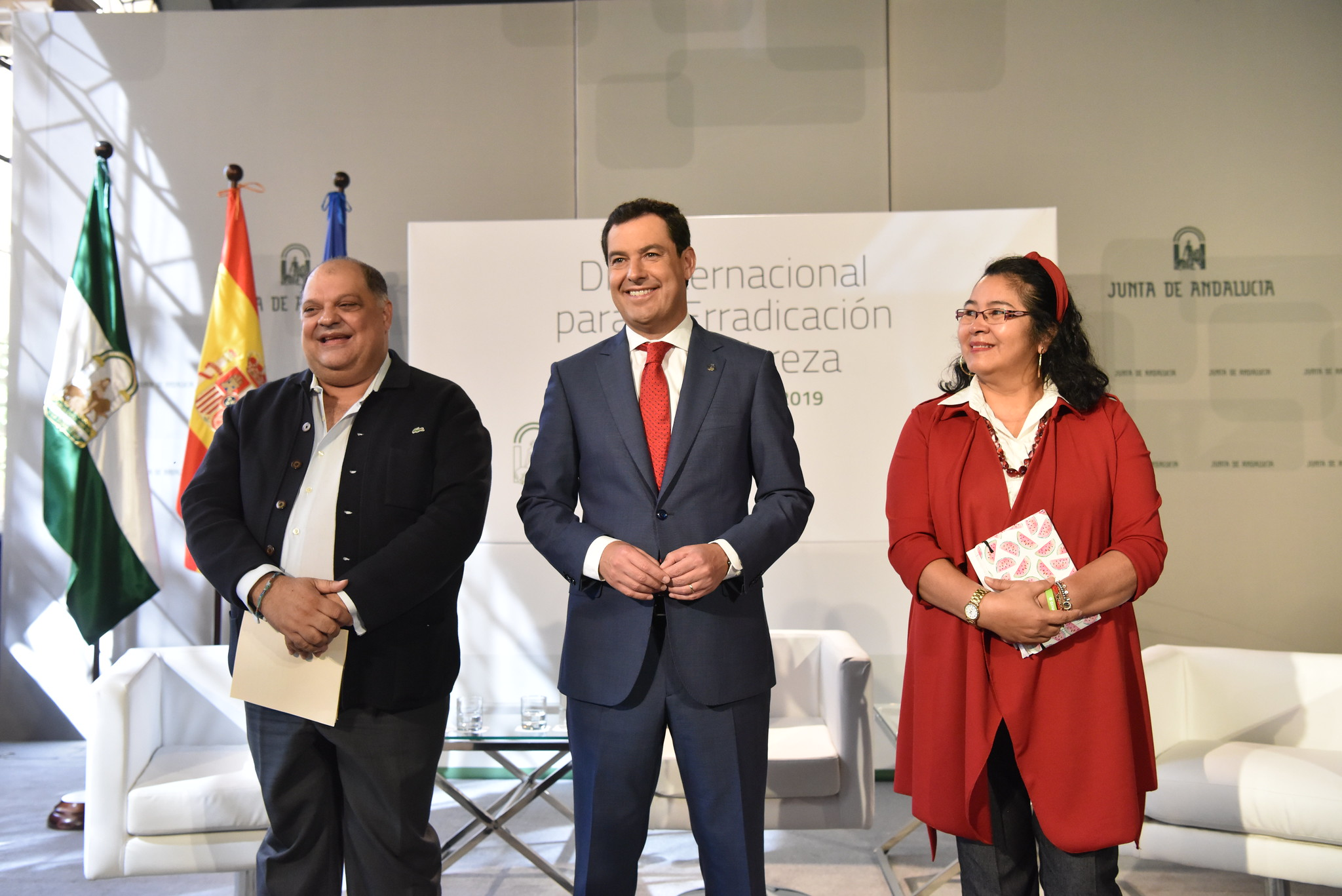 Juanma Moreno ha recibido en San Telmo a representantes de EAPN Andalucía