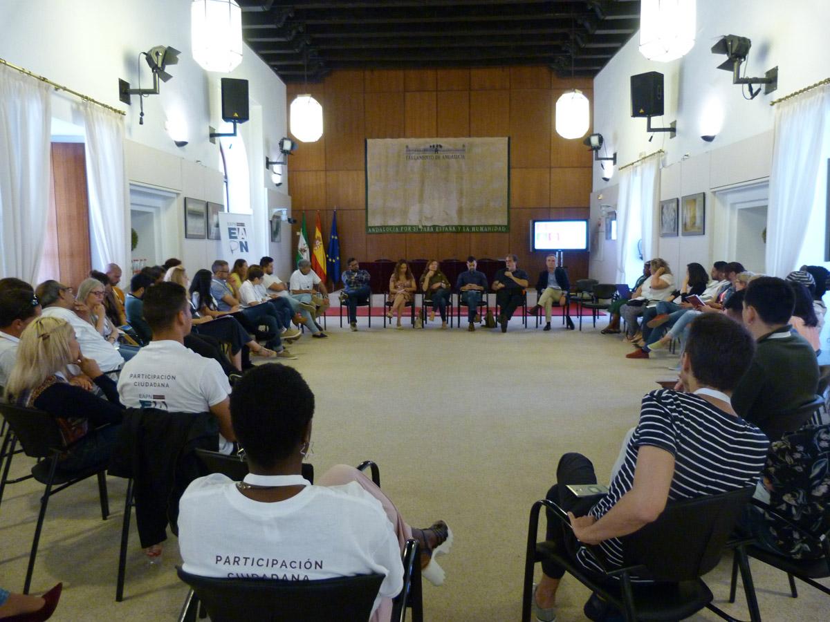 Representantes políticos se comprometen a abordar la precariedad con el Grupo de Participación de EAPN-A